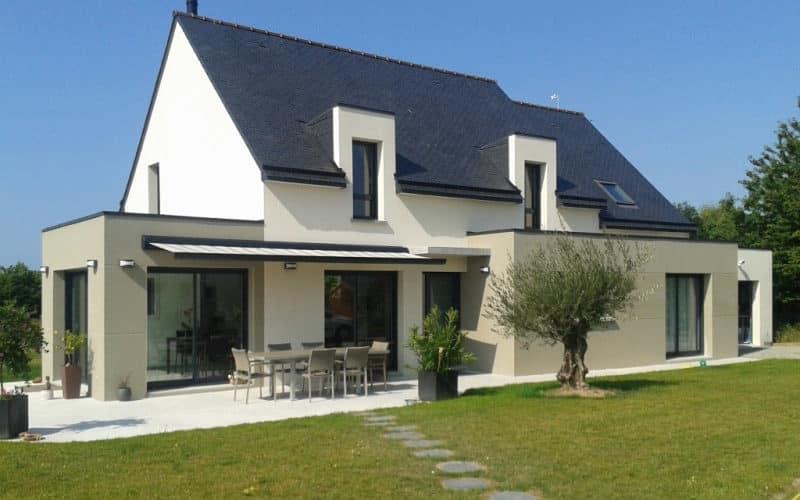 tradition et modernité dans une construction de maison