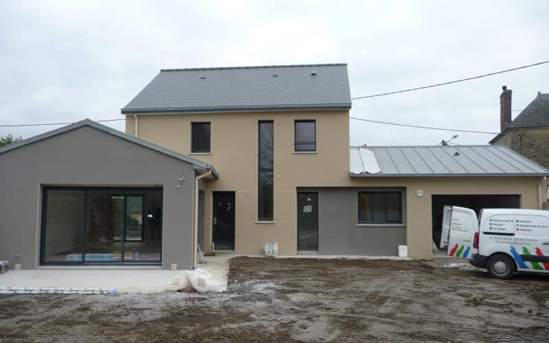 Maison traditionnelle-moderne à Bourgbarré (35230)